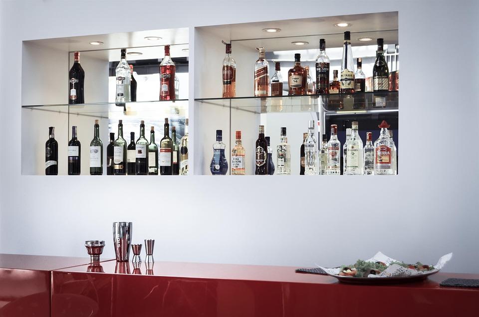Bar og drikke