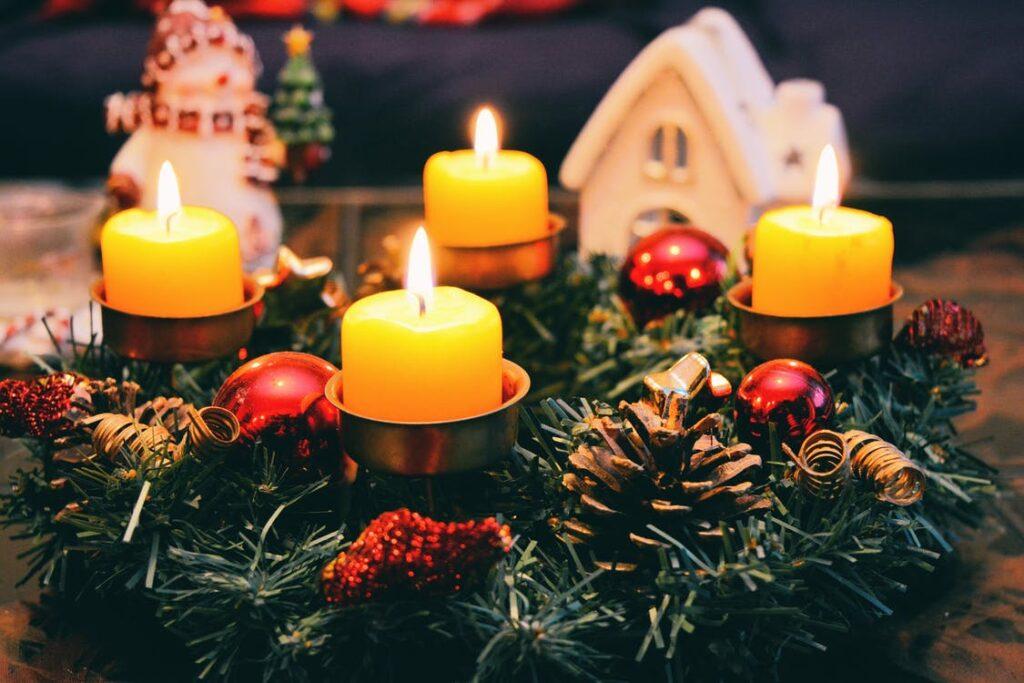 Julepynt og lys