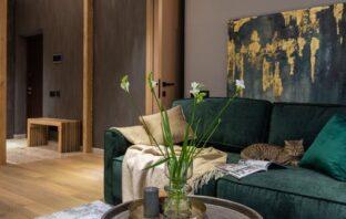 indretning med fokus på sofa